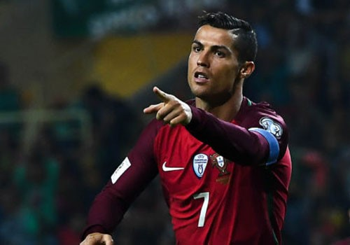 Ronaldo khen dong doi sau tran thang cua Bo Dao Nha hinh anh 1