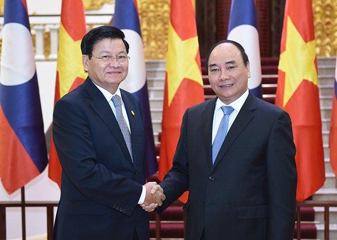 Thu tuong Nguyen Xuan Phuc tham chinh thuc CHDCND Lao hinh anh 1