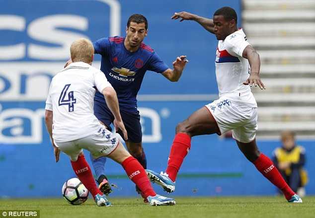 3655464900000578-3693521-Henrikh_Mkhitaryan_who_joined_United_from_Borussia_Dortmund_this-a-15_1468684459379