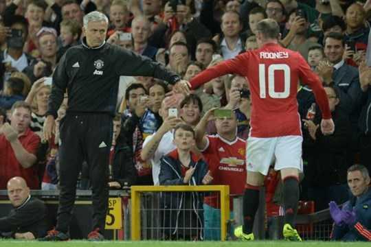 Sắp đến lúc Mourinho phải ra quyết định loại bỏ Rooney một cách dứt khoát