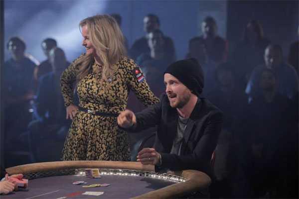 Đối thủ của anh làAaron Paul, diễn viênđóng vai kẻ buôn ma túy Jesse Pinkman trong loạt phim ăn khách 'Breaking Bad'.