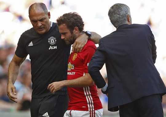 Còn lại, Mourinho thể hiện rõ sự kỳ thị với tiền vệ này