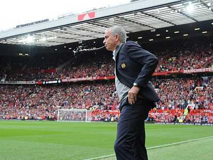 Man United đại thắng nhờ Jose Mourinho lạnh lùng, quyết đoán trở lại