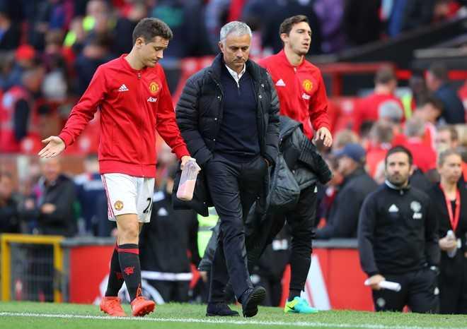 Mat 2 diem, Mourinho nen biet on Stoke City hinh anh 3