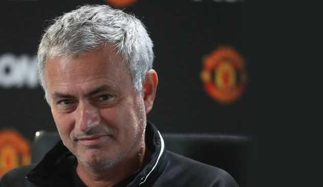 """Mourinho ém """"tuyệt chiêu"""" chờ The Kop"""