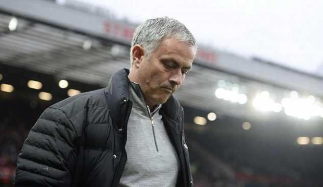 Bây giờ, Mourinho mới thấy thương Van Gaal