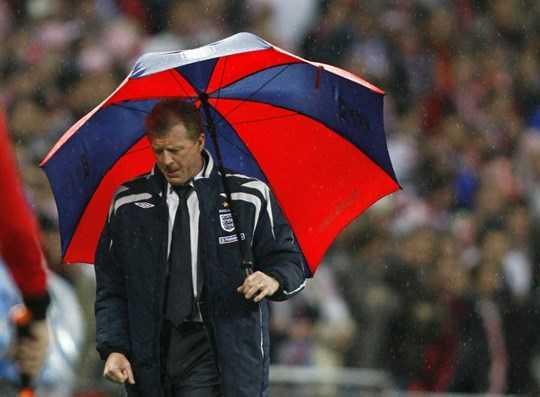 Hình ảnh McClaren gắn chặt với một ngày mưa tầm tã ở Wembley