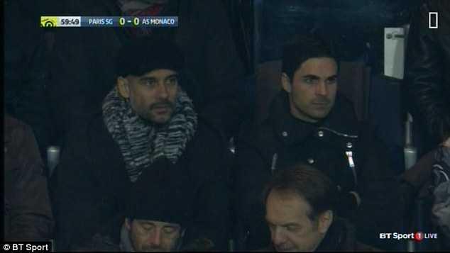 Guardiola ngồi cạnh siêu mẫu Nga do thám đối thủ - Ảnh 4.