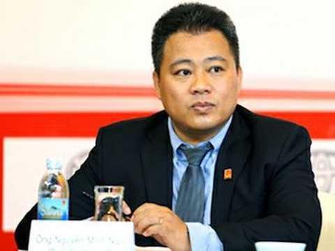 Trưởng BTC V.League từ chức nhưng được giữ lại
