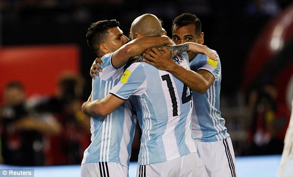1490313555666_lc_galleryImage_Football_Soccer_Argentina