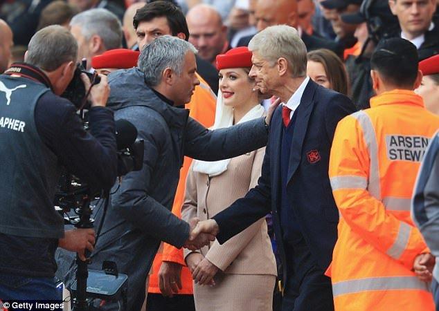 Hinh anh Mourinho: 'Arsenal chi may, chu dau co hay hon MU' - Bong da Anh 3