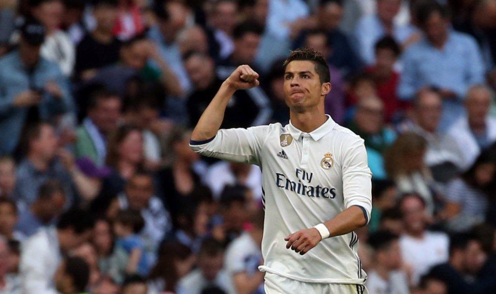 Hinh anh Video ket qua tran Real vs Sevilla: Ronaldo ghi ban, Real lap hang loat ky luc