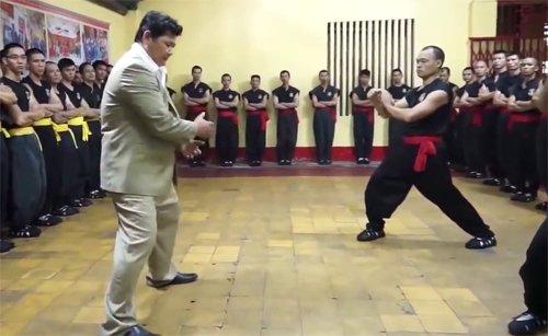 cong-phu-lang-khong-kinh-cua-huynh-tuan-kiet-la-gi