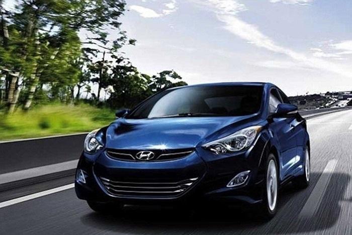 4. Hyundai Elantra Doanh số dự kiến năm 2013: 866.000 xe