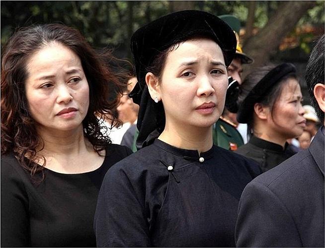 Đồng bào dân tộc thiểu số về thủ đô viếng vị Đại tướng của nhân dân