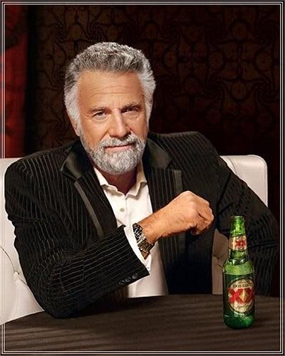 Jonathan Goldsmith vốn được biết đến là gương mặt quảng cáo, diễn viên, ngôi sao truyền hình thực tế của Mỹ nổi tiếng những năm 1960. The Most Interesting Man là tên mà dân chế ảnh dùng để ám chỉ Jonathan Goldsmith. Ảnh chế về ông thường gắn liền với mô tuýp 'Anh rất ít khi... nhưng đã...'. Hình ảnh Jonathan được dân mạng dùng làm ảnh chế được lấy ra từ quảng cáo truyền hình cho bia Dos Equis năm 2007.