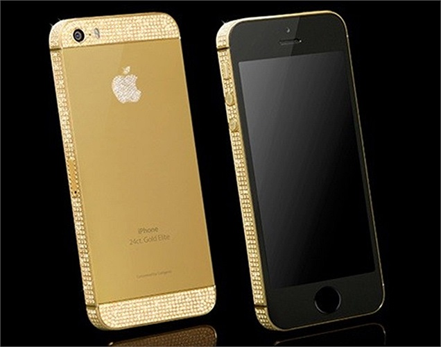 Nhiều thiết bị cầm tay được trang trí bằng vàng đã được cho ra mắt trong năm 2013. Một trong những sản phẩm được chú ý nhất là chiếc điện thoại iPhone 5S của Apple được mạ vàng 24 carat và trang trí sang trọng với sản phẩm của hãng Swarovski. Giá chiếc iPhone phiên bản 16GB này là 2.197 bảng Anh.