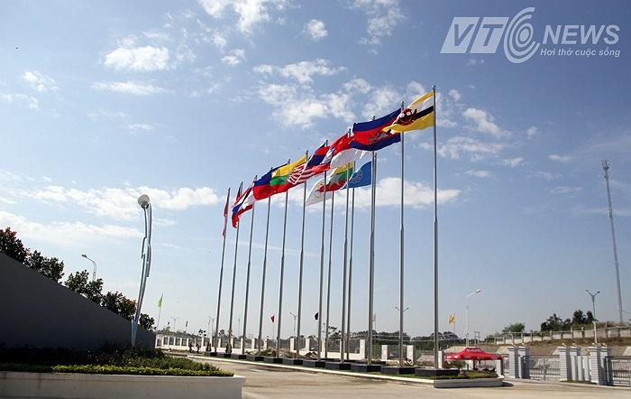 SEA Games có là cú huých với kinh tế Myanmar hay chỉ là gánh nặng mà nhiều quốc gia Đông Nam Á đang cố gắng duy trì vì trách nhiệm.   (Hà Thành: Từ Nay Pyi Taw, Myanmar)
