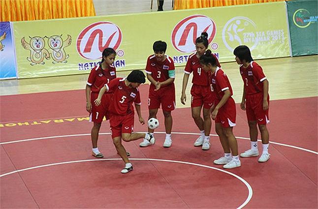 Tuyển Chinlone nữ Thái Lan dễ dàng đứng thứ 1 khi Myanmar không đăng ký tham dự nội dung đồng đội tính điểm