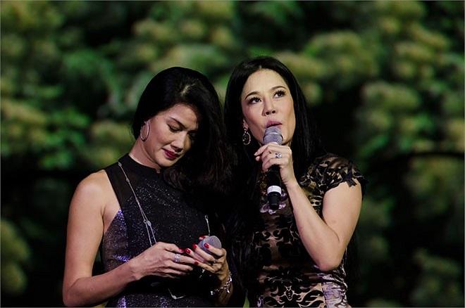 Khởi điểm là Hoa khôi thể thao đầu tiên của Việt Nam nhưng Kim Oanh không gia nhập showbiz mà lựa chọn lĩnh vực kinh doanh. Theo (Zing.vn)