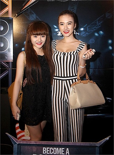Angela Phương Trinh có cô em gái là Phương Trang được nhận xét kém xinh so với chị.