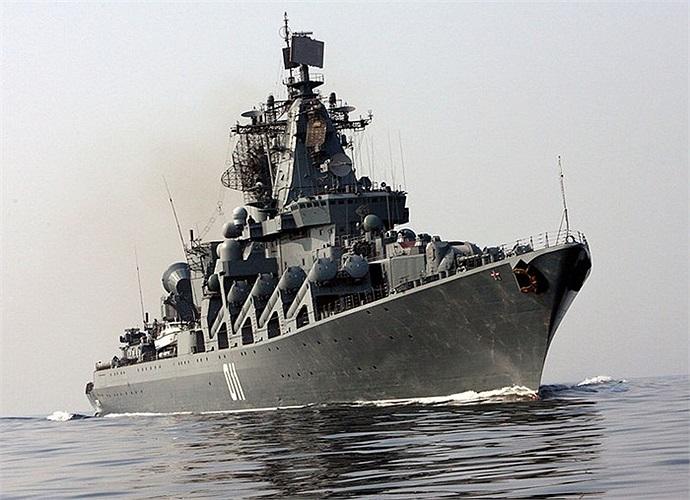 Varyag 011 khi hành trình trên biển