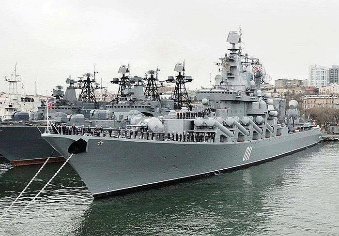 Tuần dương hạm thứ 3 mang tên Varyag, số hiệu 011, thuộc biên chế của Hạm đội Thái Bình Dương