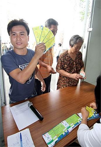 Mỗi CĐV chỉ được mua tối đa 4 vé. (Ảnh: Thanh Niên)
