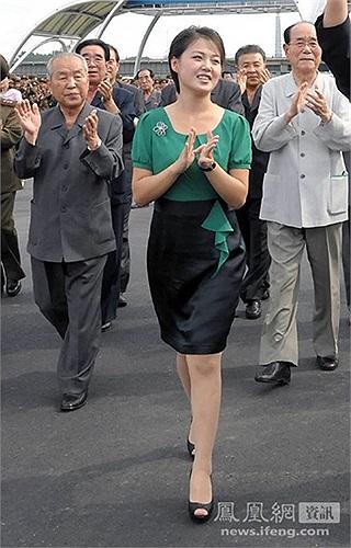 Quan hệ giữa bà Ri Son-ju và Kim Jong-un vẫn rất tốt đẹp sau vụ thanh trừng chú dượng Chang Song-thaek