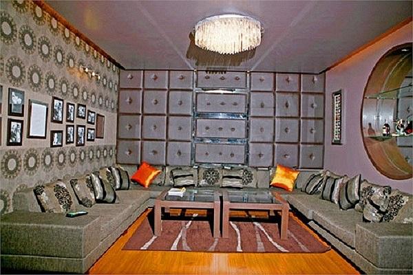 Căn hộ được bà xã Quyền Linh trang trí đẹp một vẻ thanh thoát, nhẹ nhàng bởi gia chủ đã chọn phong cách nội thất đơn giản nhưng thanh lịch.
