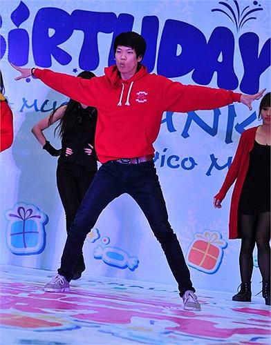 Giải đấu được tổ chức bởi  Big Toe Crew kết hợp cùng CLB Dancing trường ĐH Ngoại thương nhân dịp sinh nhật 2 tuổi của TTTM Savico Megamal