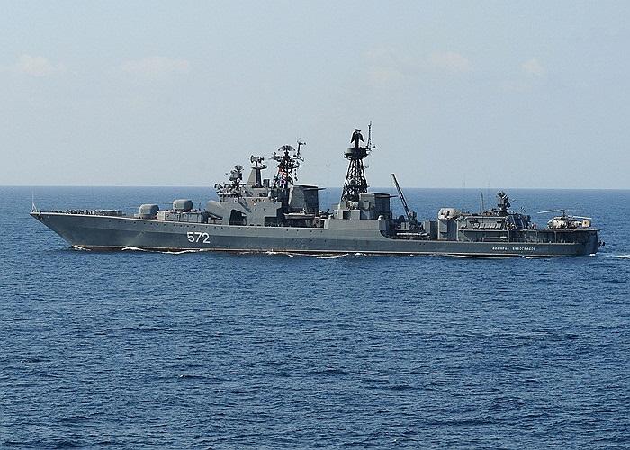 Cận cảnh tàu Đô đốc Vinogradov