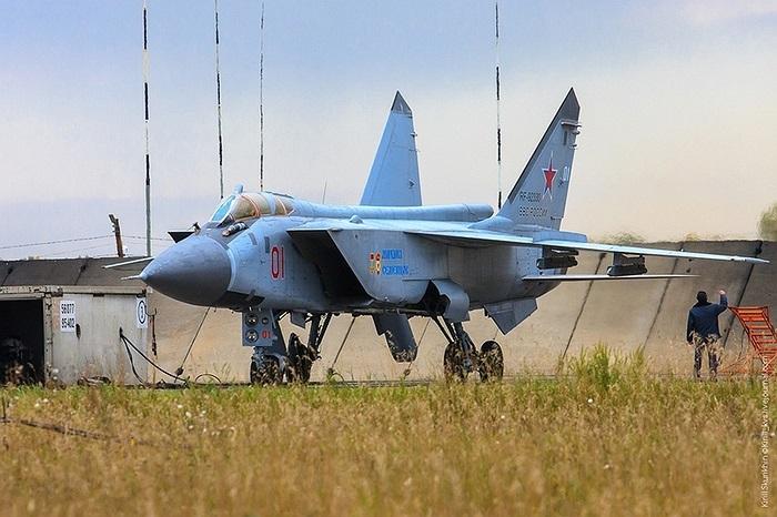 Cận cảnh chiến cơ MiG-31BM của Không quân Nga