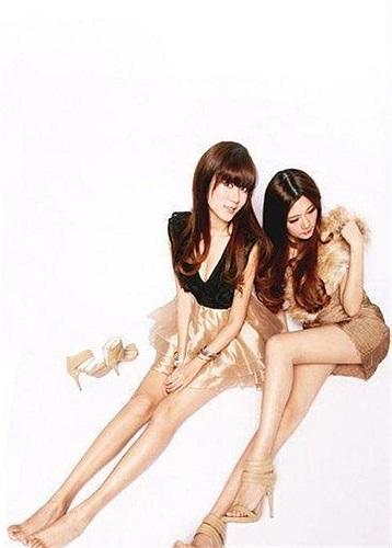 Tuy sở hữu chiều cao và đôi chân thon dài nhưng cặp song sinh sinh năm 1988 này lại không đi theo con đường trở thành người mẫu chuyên nghiệp.