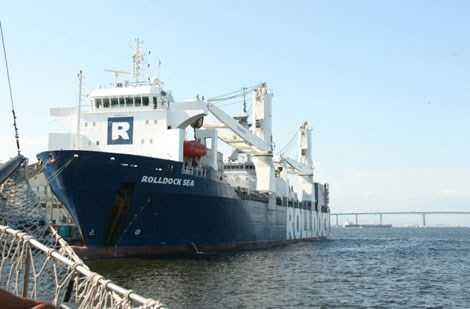 Tàu vận tải siêu trường siêu trọng Rolldock Sea.