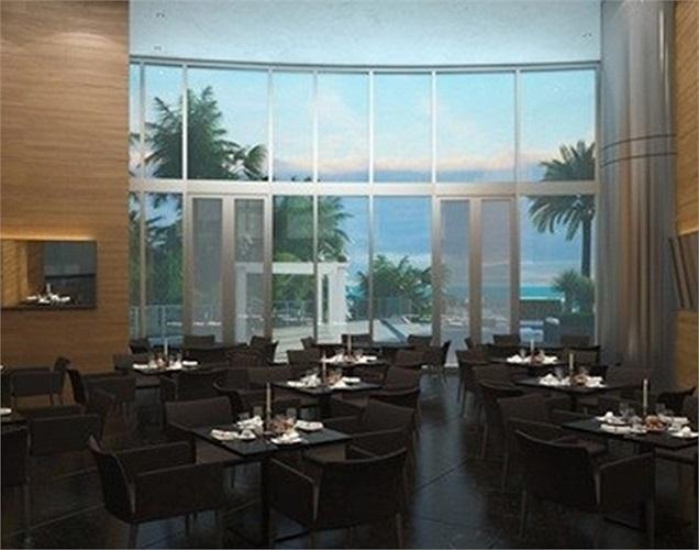 Nhà hàng cao cấp với hướng nhìn ra biển.