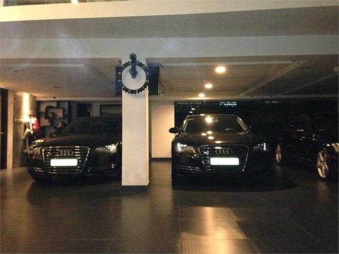 Hình ảnh hai chiếc xe sang Audi A8L trong garage của đại gia phố Núi.