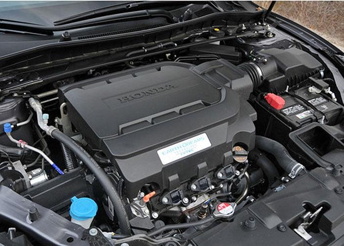 Ra đời từ năm 2003, các thế hệ động cơ V6 3.5 lít SOHC trên mẫu Honda Accord 8 lần được vinh danh là động cơ tốt nhất trong phân khúc.