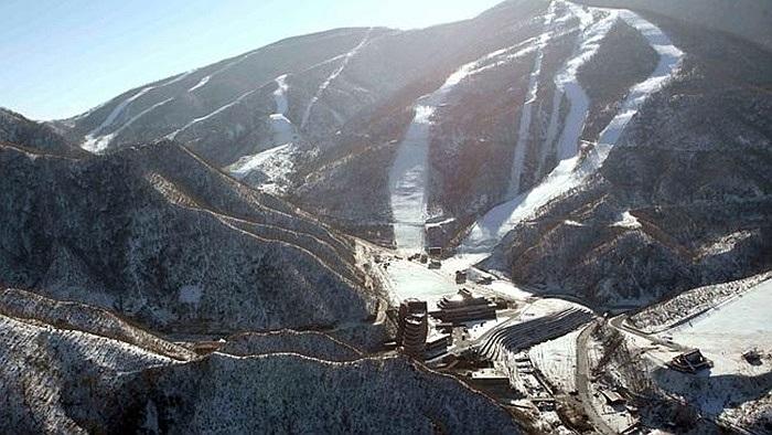 Nhà lãnh đạo Triều Tiên trước đó đã tới đây thị sát thúc tiến độ thi công khu trượt tuyết Masik