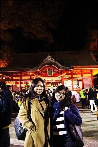 Khác với các bạn sống ở Mỹ hay châu Âu, các du học sinh châu Á hay đi lễ chùa vào đầu năm.
