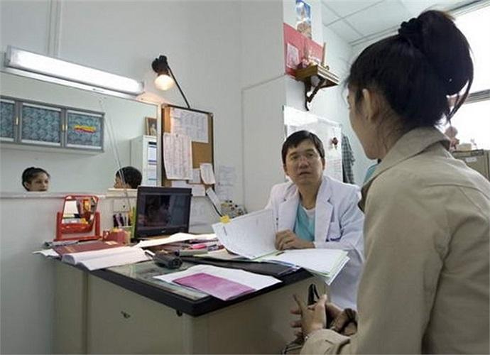 Chính phủ Thái Lan quy định thanh niên trên 20 tuổi mới được phẫu thuât thẩm mỹ