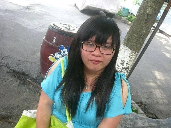 Gần 1 năm trước, Kim Khánh quyết tâm áp dụng chế độ giảm cân nghiêm ngặt để có vóc dáng như mong ước. Hình ảnh cho thấy những thay đổi về ngoại hình của Khánh từ năm 2010 đến năm 2013.