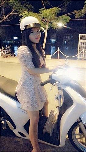 Hiện tại Khánh chỉ nặng 50kg và cô đã hài lòng với vóc dáng của mình.