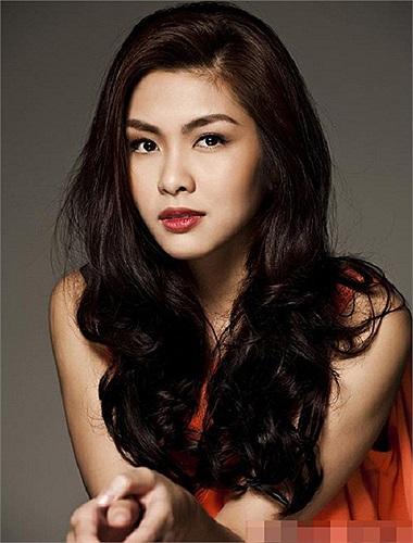 Tăng Thanh Hà hiện tại đang là kiều nữ xinh đẹp nhất nhì showbiz Việt.