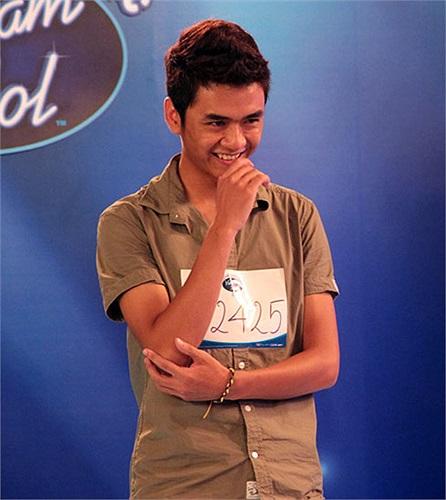 Điều ít ai ngờ là cách đây 1 năm, Tùng đã từng dự thi Việt Nam Idol 2012