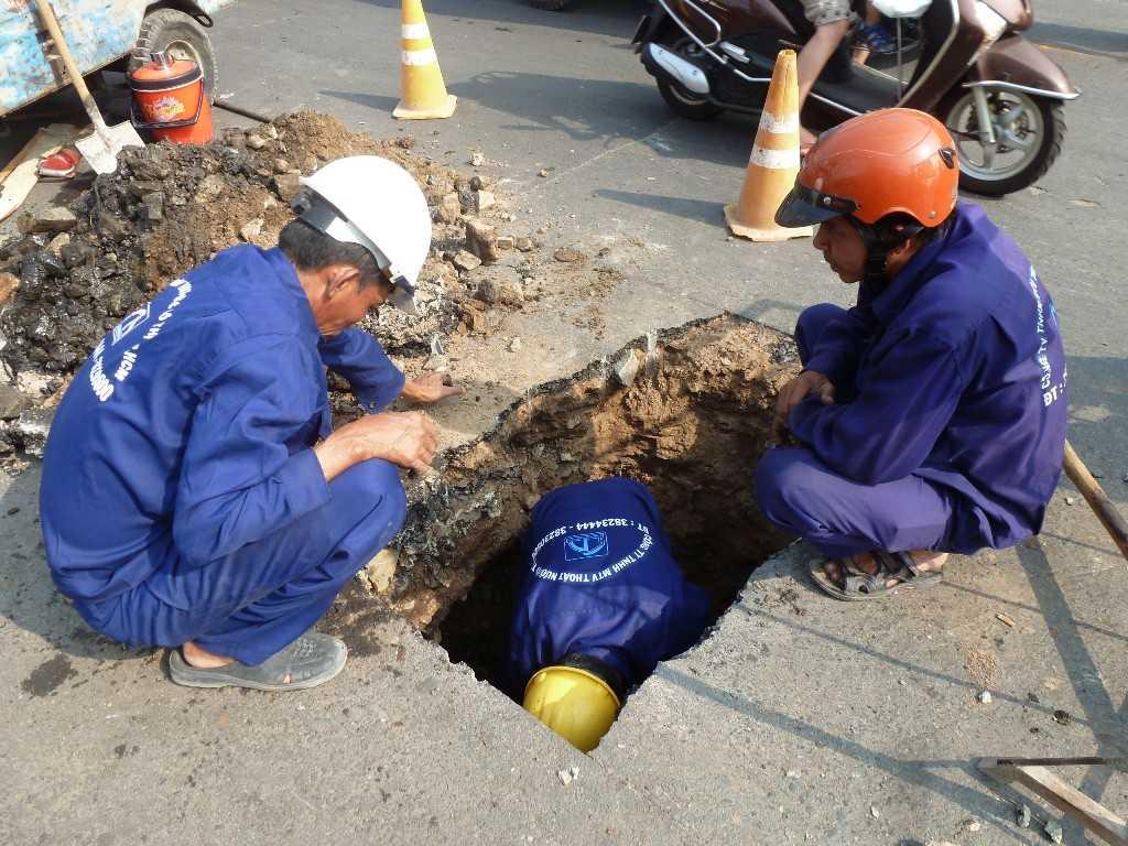 TP.HCM, Tân Phú, hố tử thần, khoét hàm ếch, khắc phục, nuốt người