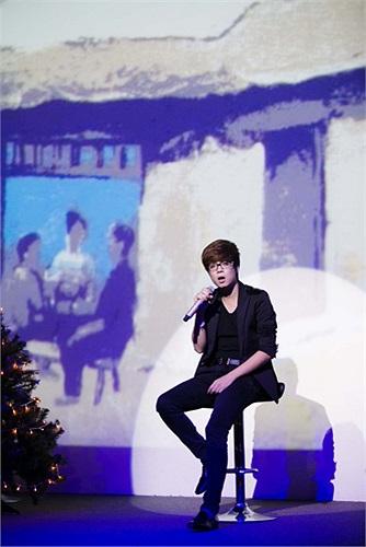 Bùi Anh Tuấn có trong tay 2 giải thưởng giá trị là Top 12 Tiếng ca học đường 2010 và Giải nhất Ngôi sao tiếng hát truyền hình 2011 nhưng sự nghiệp của chàng trai 22 tuổi tràn ngập hào quang sau bài dự thi 'Nơi tình yêu bắt đầu' tại vòng Giấu mặt của Giọng hát Việt mùa 1.