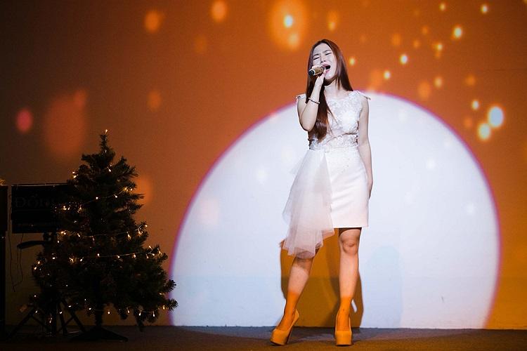 Sau The Voice, Hương Tràm đã đạt được một số giải thưởng khác bên cạnh việc đều đặn ra mắt những sản phẩm âm nhạc riêng để phục vụ khán giả.