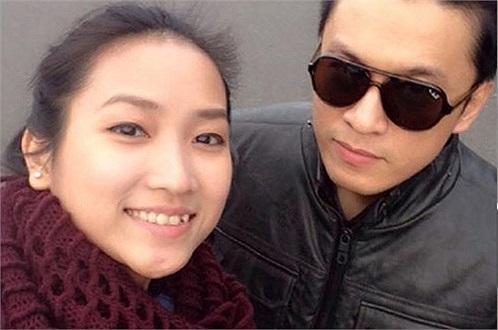 Chính Yến Phương - bạn gái 9X của Lam Trường đã chia sẻ trên trang cá nhân của mình rằng: 'Đã kết hôn'. Rất đông bạn bè, người thân của hai người, và cả những ca sỹ như Đoan Trang cũng vào chúc mừng 'bà xã' của anh Hai.