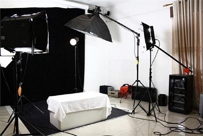 Phòng studio dành cho niềm đam mê khác là nhiếp ảnh.